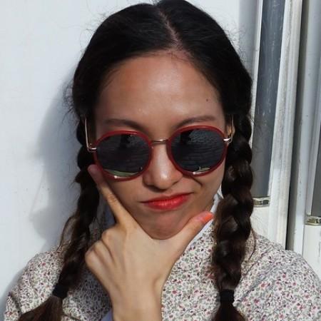 Profile picture of Kitty Davis